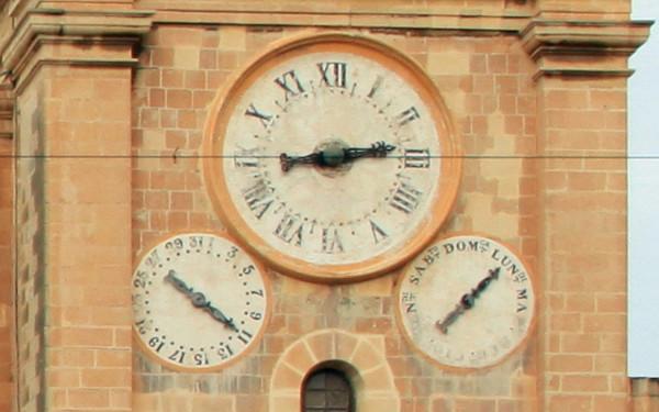 valletta-katedra-zegar